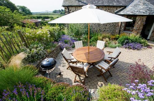 Snaptrip - Last minute cottages - Excellent Holsworthy Barn S45103 -