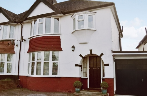 Snaptrip - Last minute cottages - Excellent Broadstairs Cottage S13567 -