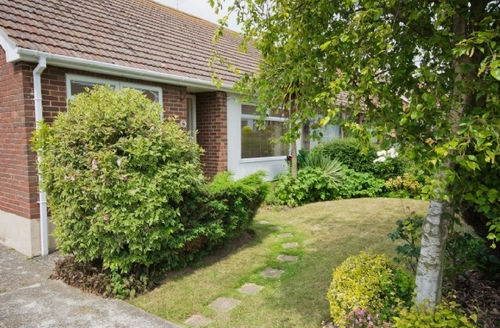 Snaptrip - Last minute cottages - Attractive Broadstairs Cottage S13562 -
