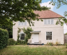 Snaptrip - Holiday cottages - Cosy Canterbury Cottage S13573 -