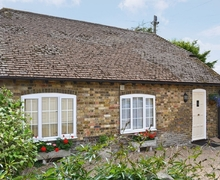 Snaptrip - Last minute cottages - Beautiful Deal Cottage S13597 -