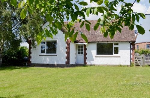 Snaptrip - Last minute cottages - Inviting Tunbridge Wells Cottage S39440 -