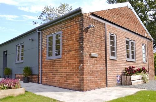 Snaptrip - Last minute cottages - Inviting Battle Cottage S40993 -