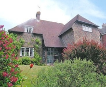 Snaptrip - Holiday cottages - Attractive Eastbourne Cottage S13939 -