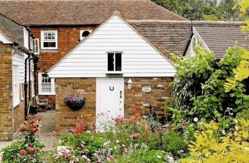 Snaptrip - Last minute cottages - Lovely Rye Cottage S13987 -