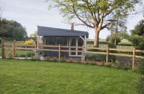 Snaptrip - Last minute cottages - Excellent Brook Lodge S14079 -