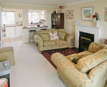 Snaptrip - Last minute cottages - Luxury Fareham Cottage S14098 -