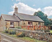 Snaptrip - Last minute cottages - Tasteful Alnwick Cottage S14395 -