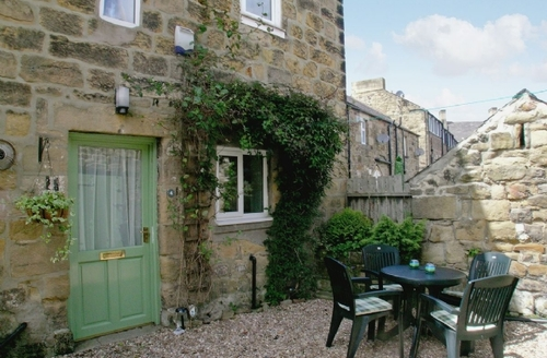 Snaptrip - Last minute cottages - Splendid Alnwick Apartment S14409 -