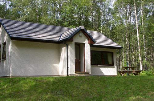 Snaptrip - Last minute cottages - Superb Inverness Rental S4755 -