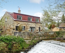 Snaptrip - Holiday cottages - Charming Danby Cottage S15036 -