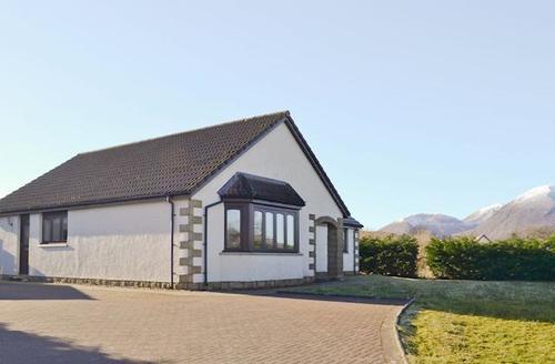 Snaptrip - Last minute cottages - Stunning Sligachan Cottage S45168 -