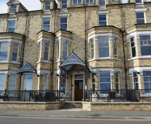 Snaptrip - Last minute cottages - Inviting Filey Cottage S15084 -