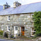 Snaptrip - Last minute cottages - Delightful Harlech Rental S4787 -