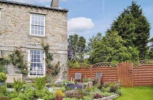 Snaptrip - Last minute cottages - Exquisite Hawes Cottage S15171 -
