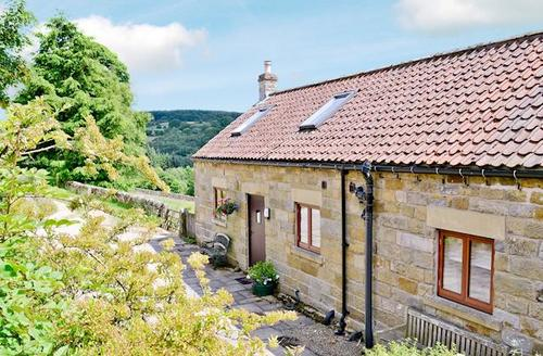 Snaptrip - Last minute cottages - Inviting Rosedale Abbey Cottage S15399 -