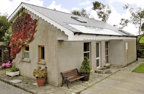 Snaptrip - Last minute cottages - Splendid  Cottage S4812 -