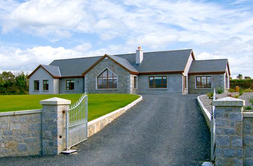 Snaptrip - Last minute cottages - Luxury  Home S4811 -