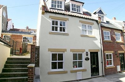 Snaptrip - Last minute cottages - Superb Whitby Cottage S15561 -