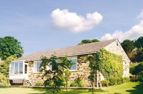 Snaptrip - Last minute cottages - Captivating Haworth Cottage S15674 -