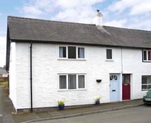 Snaptrip - Last minute cottages - Tasteful Knighton Cottage S4840 -