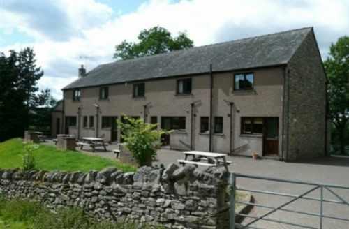 Snaptrip - Last minute cottages - Lovely Penrith Cottage S556 - Woodside Cottage 2, Pooley Bridge Holiday Park,Ullswater, Lakes Cottage Holidays
