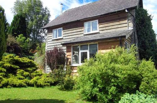 Snaptrip - Last minute cottages - Delightful Knighton Wainhouse S4851 -