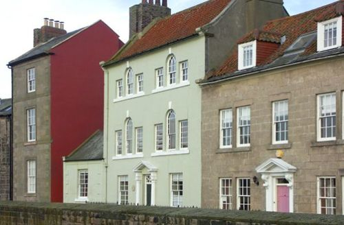 Snaptrip - Last minute cottages - Adorable Berwick Upon Tweed House S3128 -