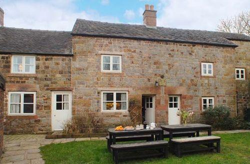 Snaptrip - Last minute cottages - Cosy Leek House S2994 -