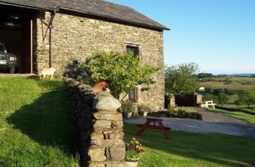 Snaptrip - Last minute cottages - Delightful Kendal Byre S558 - The Byre, Brunt Knott Farm, Lakes Cottage Holidays
