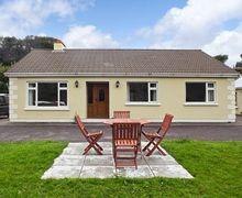 Snaptrip - Last minute cottages - Excellent  Villa S4731 -