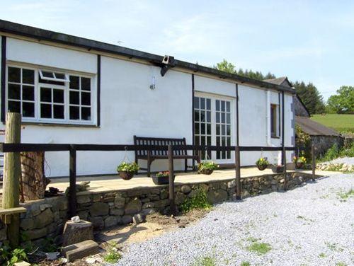 Llaeth Cottage