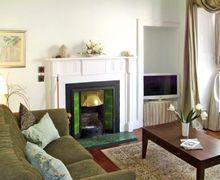 Snaptrip - Last minute cottages - Tasteful Kirkcudbright Townhouse S4753 -