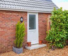 Snaptrip - Last minute cottages - Adorable Dersingham Cottage S45351 -