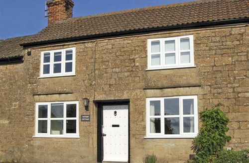 Snaptrip - Last minute cottages - Inviting Ilminster Cottage S2170 -