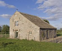 Snaptrip - Last minute cottages - Excellent Barnard Castle Barn S3406 -
