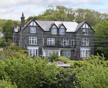 Snaptrip - Last minute cottages - Adorable Harlech Rental S4959 -