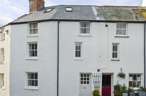 Snaptrip - Last minute cottages - Exquisite Bude Cottage S2228 -