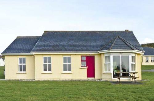 Snaptrip - Last minute cottages - Tasteful  Cottage S5092 -