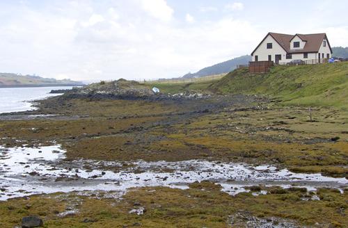 Snaptrip - Last minute cottages - Gorgeous Isle Of Skye Edge S4998 -
