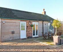 Snaptrip - Last minute cottages - Superb Lincoln Cottage S2322 -