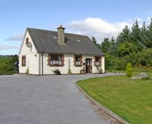 Snaptrip - Last minute cottages - Lovely  Cottage S5014 -