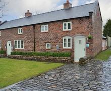 Snaptrip - Last minute cottages - Excellent Leek Cottage S45516 -