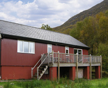 Snaptrip - Last minute cottages - Luxury Kinlochleven Chalet S5037 -