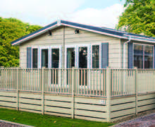 Snaptrip - Last minute cottages - Delightful North Walsham Lodge S45748 -