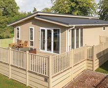Snaptrip - Last minute cottages - Captivating Bury St Edmunds Lodge S45831 -