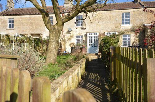 Snaptrip - Last minute cottages - Luxury Bath Cottage S45905 -