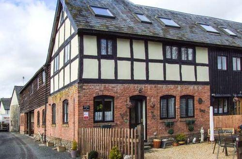 Snaptrip - Last minute cottages - Stunning Presteign Cottage S46051 -