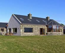 Snaptrip - Last minute cottages - Charming  Retreat S5101 -