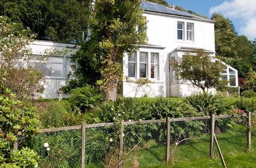 Snaptrip - Last minute cottages - Attractive Kirkcudbright Cottage S46151 -